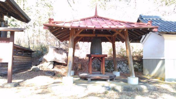 松原諏方神社の梵鐘