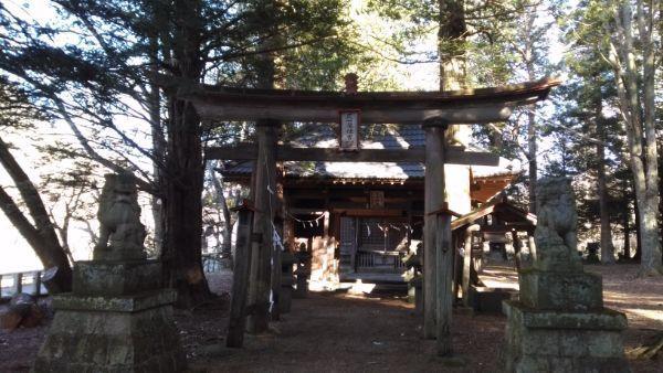 住吉神社の鳥居と門
