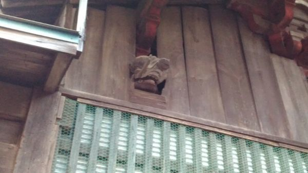熱那神社本殿の木鼻