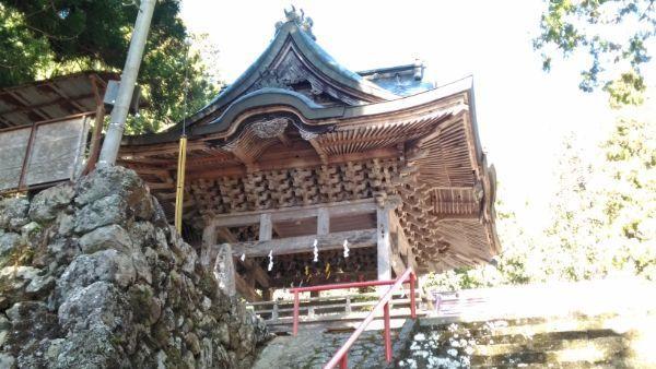 穂見神社神楽殿