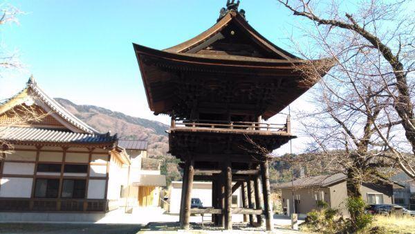 本遠寺の鐘楼堂