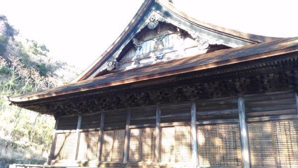 本遠寺本堂の側面