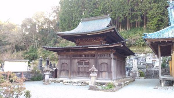 最恩寺仏殿