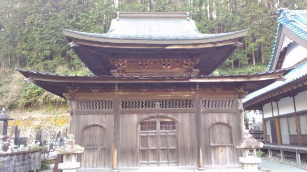 仏殿の正面図
