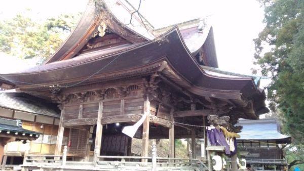 蚊里田八幡宮拝殿