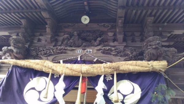 蚊里田八幡宮拝殿の向拝
