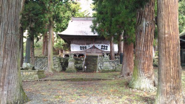 葛山落合神社拝殿