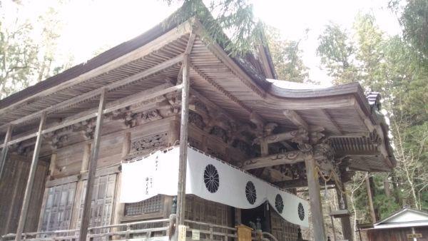 宝光社社殿