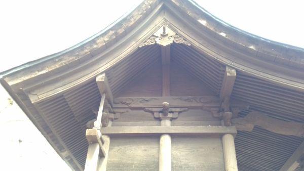 布制神社本殿側面