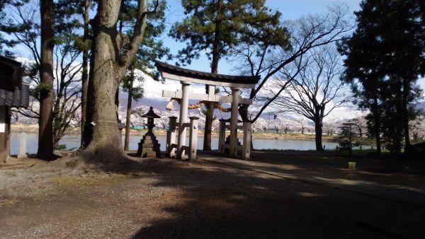 治田神社のため池