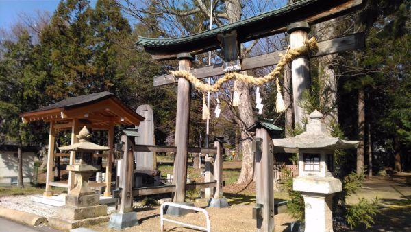 佐良志奈神社の西側の入口