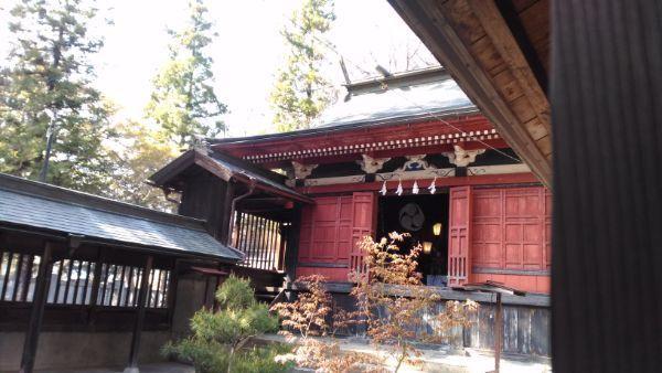 佐良志奈神社本殿の正面