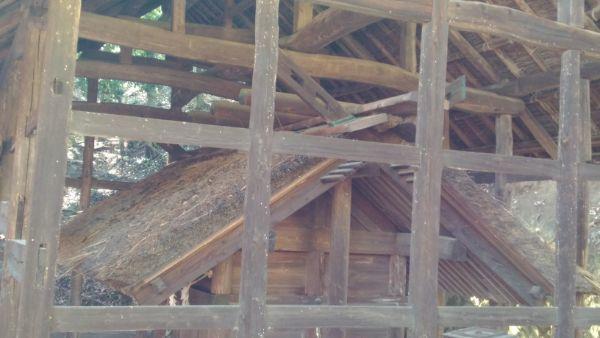 波閇科神社本殿の妻壁