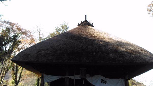 智識寺大御堂の屋根