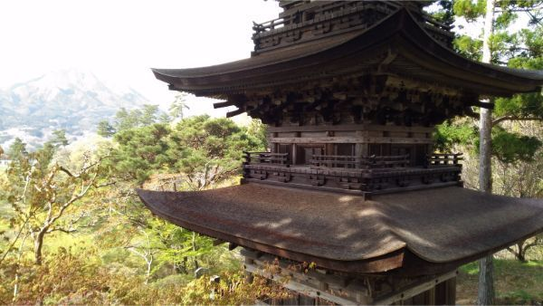 三重塔の屋根