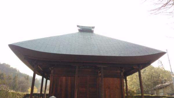 観音堂の屋根