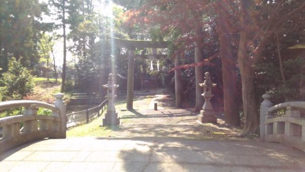 天津神社入口