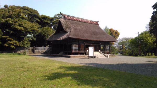 天津神社拝殿