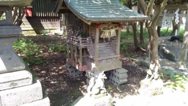江野神社の稲荷社