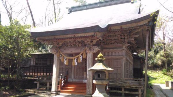 江野神社拝殿