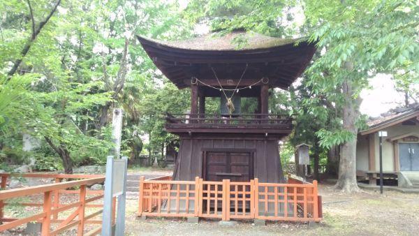 大井俣窪八幡神社の鐘楼