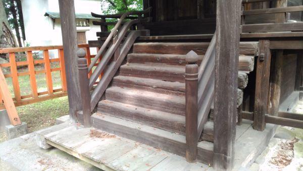 高良神社の木階