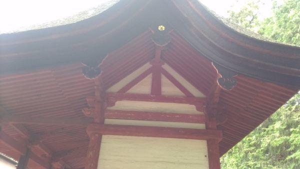 若宮八幡神社本殿の妻壁
