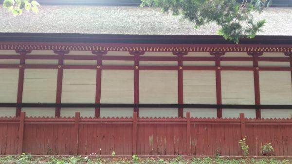 窪八幡神社本殿背面