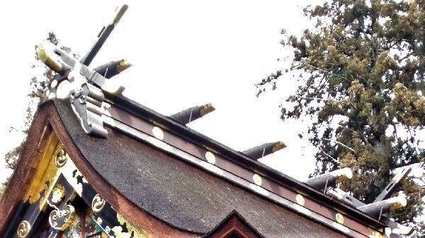 貫先神社の大棟