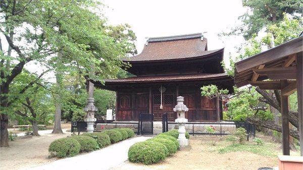 清白寺仏殿