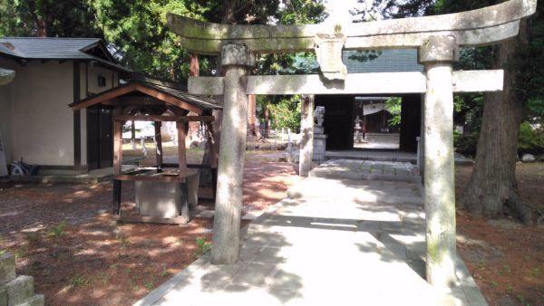 大井俣神社二の鳥居