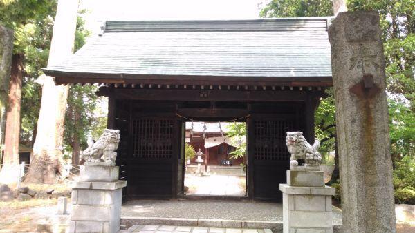 大井俣神社随神門
