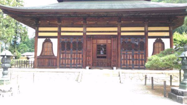 仏殿の1階部分