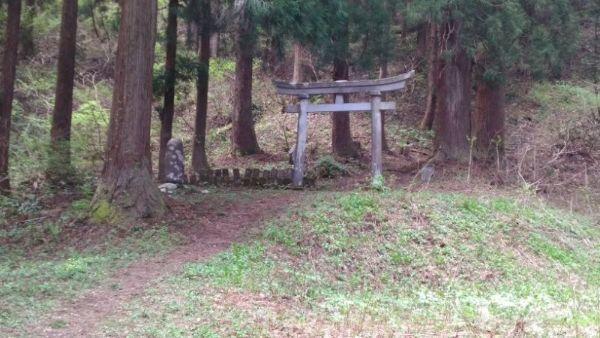 松苧神社鳥居