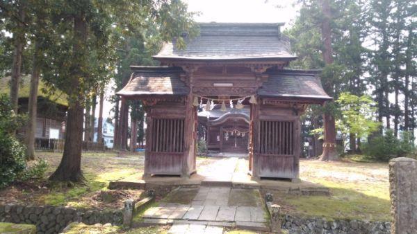 魚沼神社随神門