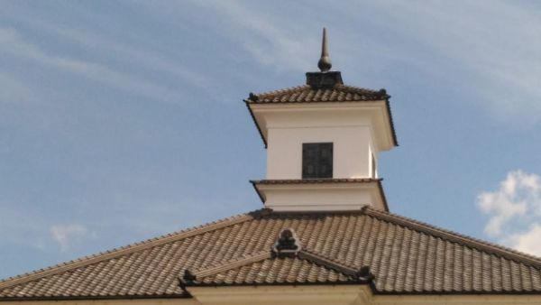 校舎正面屋根