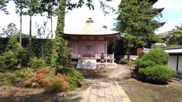 長禅寺の仏堂