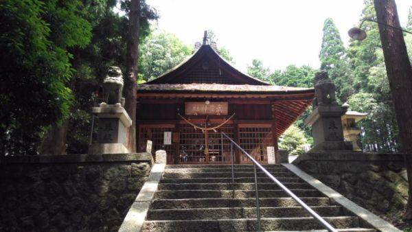 武並神社拝殿