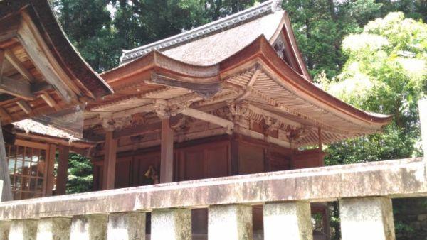 武並神社本殿