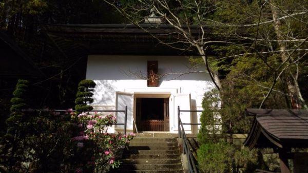安楽寺経蔵