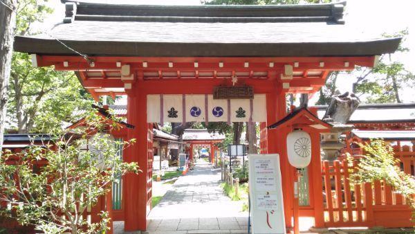 生島足島神社西門