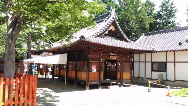 諏訪社神楽殿