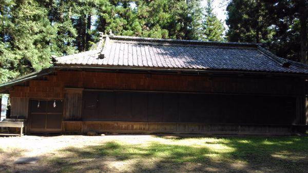 塩野神社神楽殿