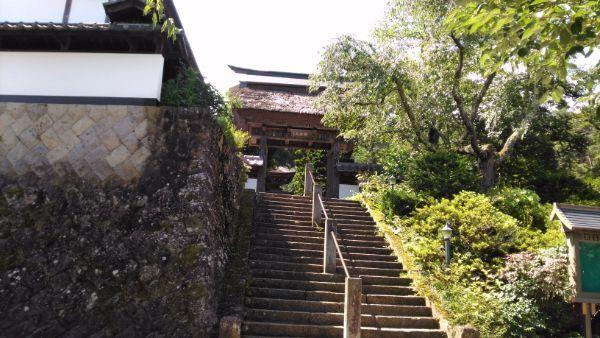 前山寺山門