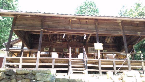 弓崎神社拝殿