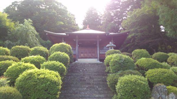 霊閑寺祖堂