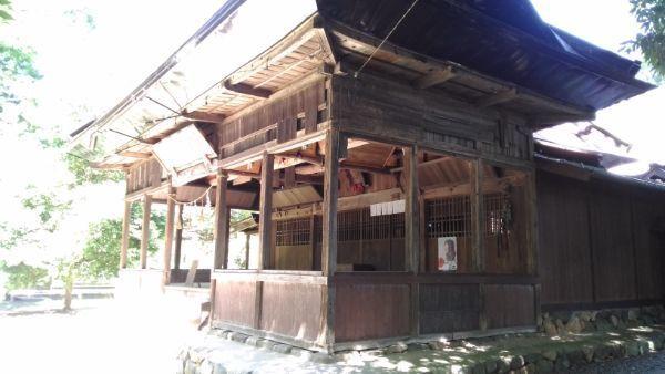 小坂神社拝殿