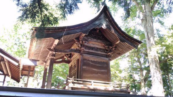 小坂神社本殿