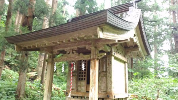 出羽三山神社境内社
