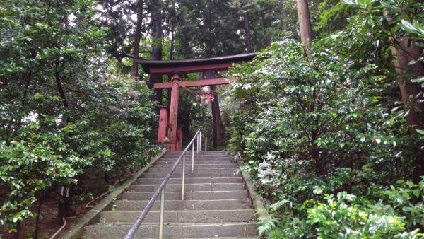 西奈弥羽黒神社鳥居